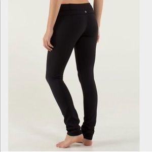 Lululemon Skinny Groove Pants, Black.